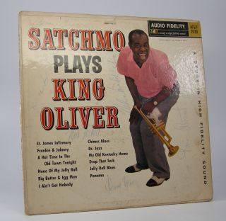 Satchmo Plays King Oliver. Louis Armstrong